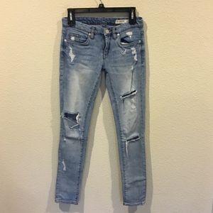 BlankNYC Distressed jeans denim size 25